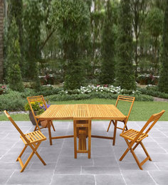 Banyan Foldable Indoor And Outdoor Four Seater Dining Set In Teak Oil Finish