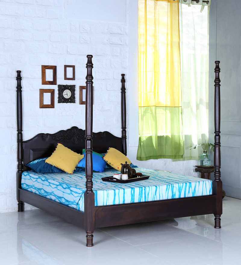 Bayley Queen Size Poster Bed in Warm Chestnut Finish by Amberville