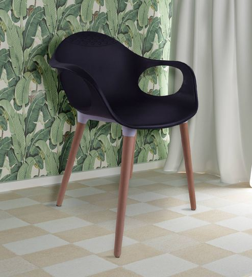 Incredible Benson Iconic Chair In Black Colour By Redoak Machost Co Dining Chair Design Ideas Machostcouk