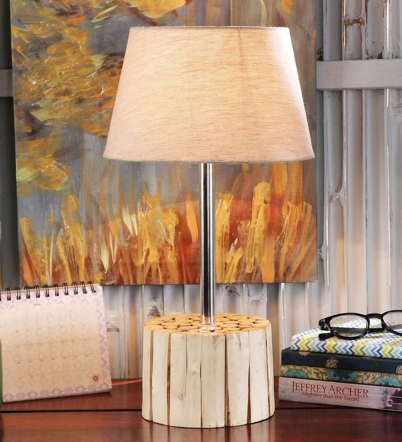 San Pio Table Lamp in White by Casacraft