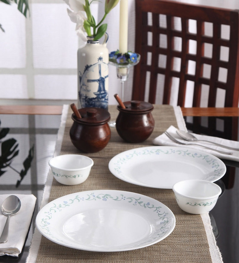 Bachelor Country Cottage Vitrelle Glass Dinner Set - Set of 4 by Corelle