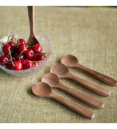 ExclusiveLane Natural Brown Wood Spoons - Set Of 5