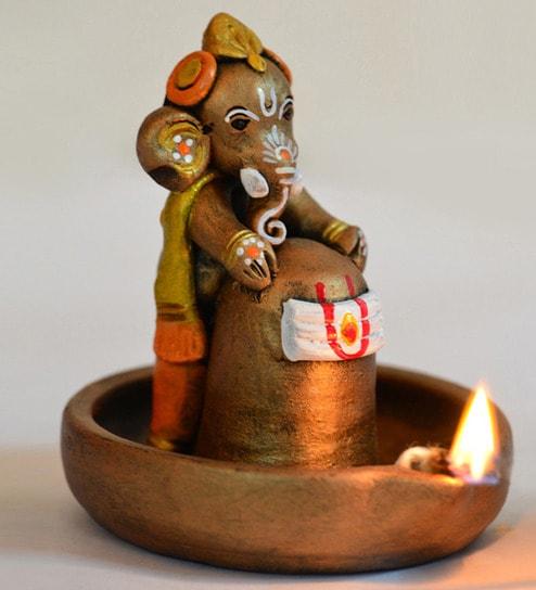Exclusivelane Terracotta Copper Finish Baby Ganesha Holding Lord