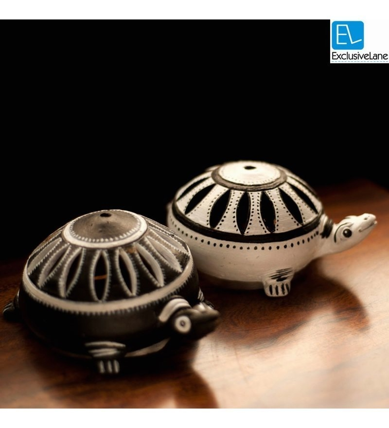 ExclusiveLane Black Metal Meenakari Hand Enamelled Dual Turtle Set