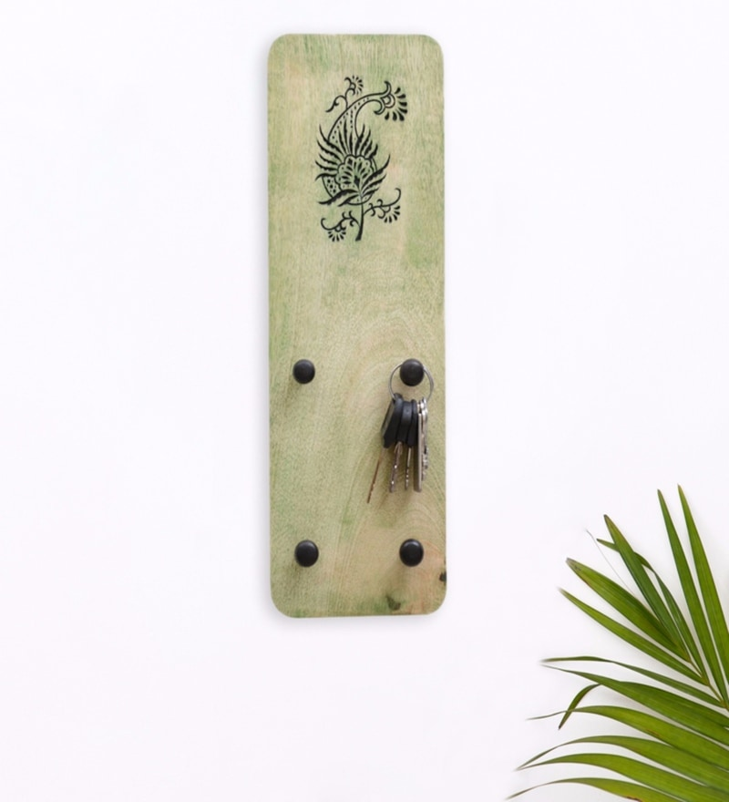 Exclusivelane Green Mango Wood Carving Key Holder