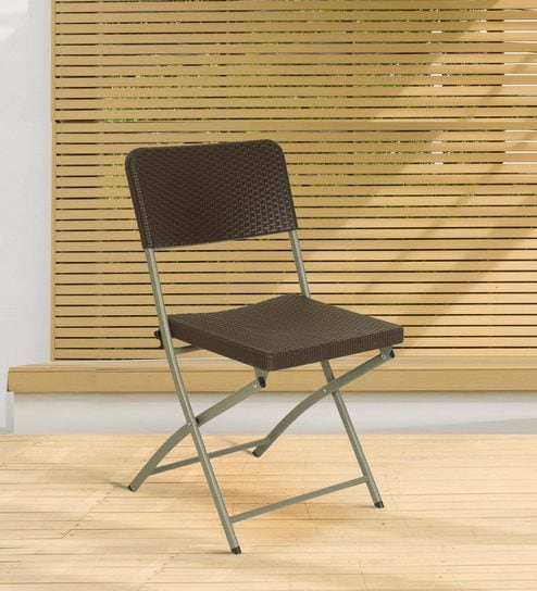 Miraculous Folding Chair In Brown Colour By Ventura Gmtry Best Dining Table And Chair Ideas Images Gmtryco