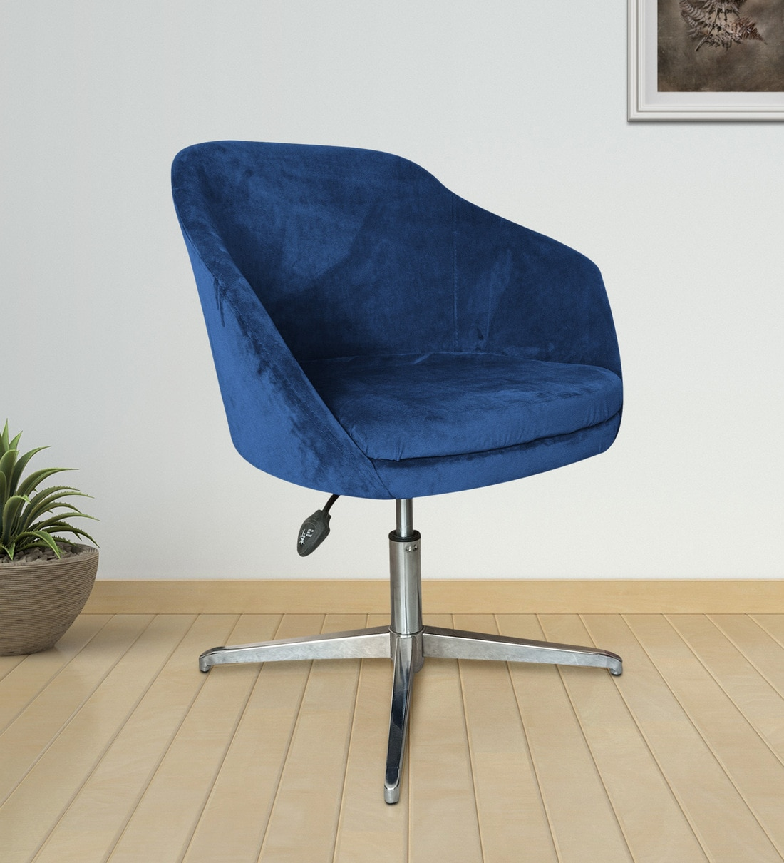 Picture of: Buy Alexa Gest Accent Chair Lounge In Dark Blue By Furniturstation Online Guest Chairs Chairs Furniture Pepperfry Product