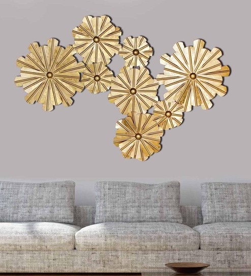 Gold metal flowers wall hanging by craftter
