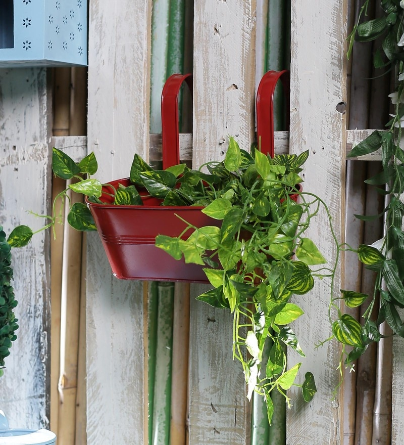 Red Metal Oval Railing Planter by Green Girgit