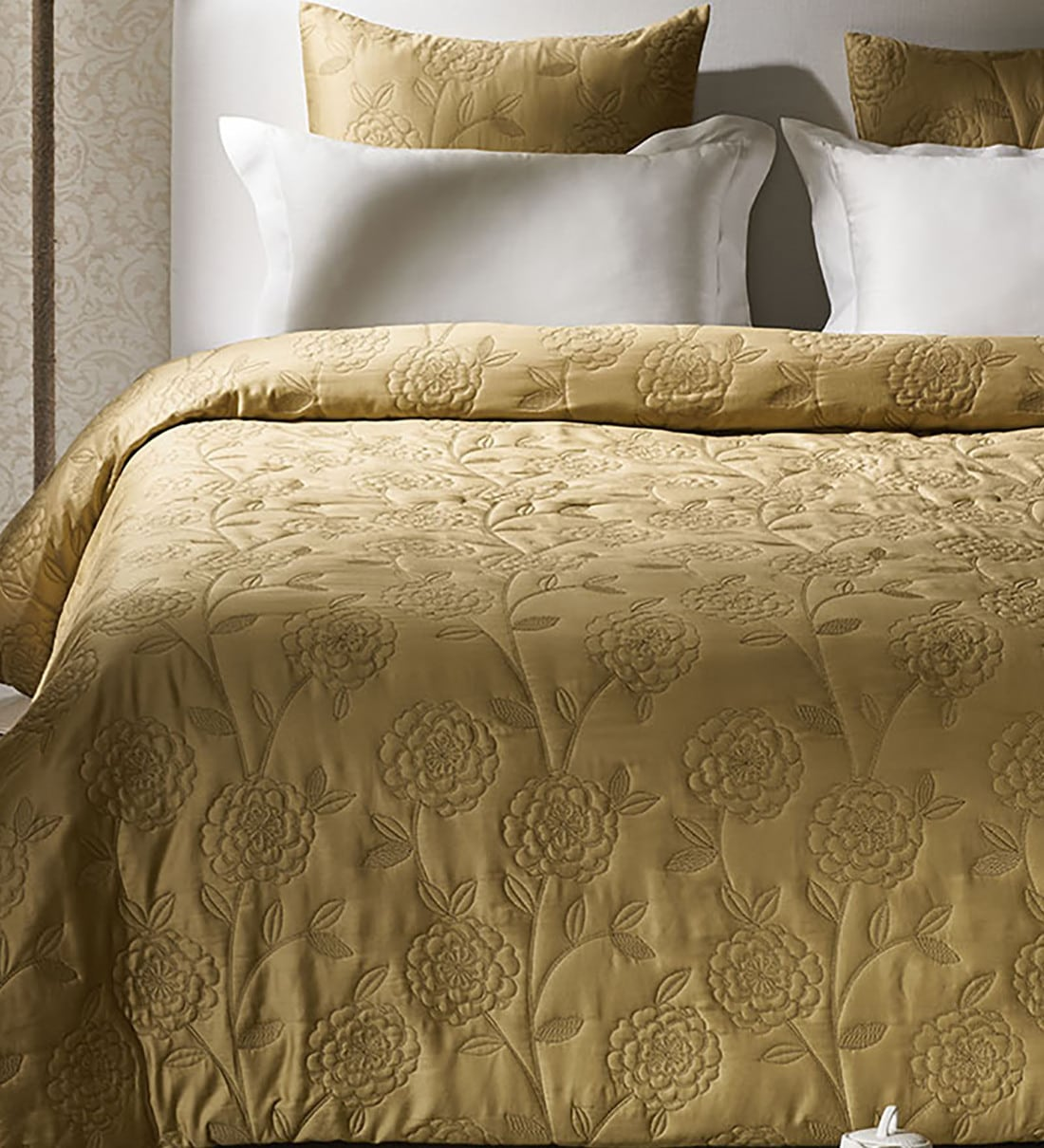 Picture of: Buy Impression Collection Cotton 210 Tc King Size Bed Cover With 2 Sham Covers By Ddecor Live Beautiful Online Double Bed Covers Bed Covers Furnishings Pepperfry Product