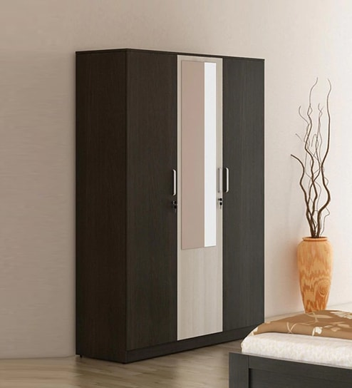Buy Kosmo Delta Three Door Wardrobe with Mirror by Spacewood