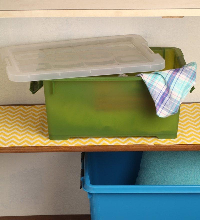 Lock&Lock Green Plastic 17 x 13 x 11 Inch Storage Box