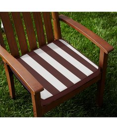 Lushomes Brown & White Cotton 16 X 16 Inch Chair Pad With Top Zipper And 4 Strings - Set Of 2