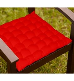 Lushomes Red Cotton 16 X 16 Inch Chair Cushion With 36 Knots & 4 Tie Backs