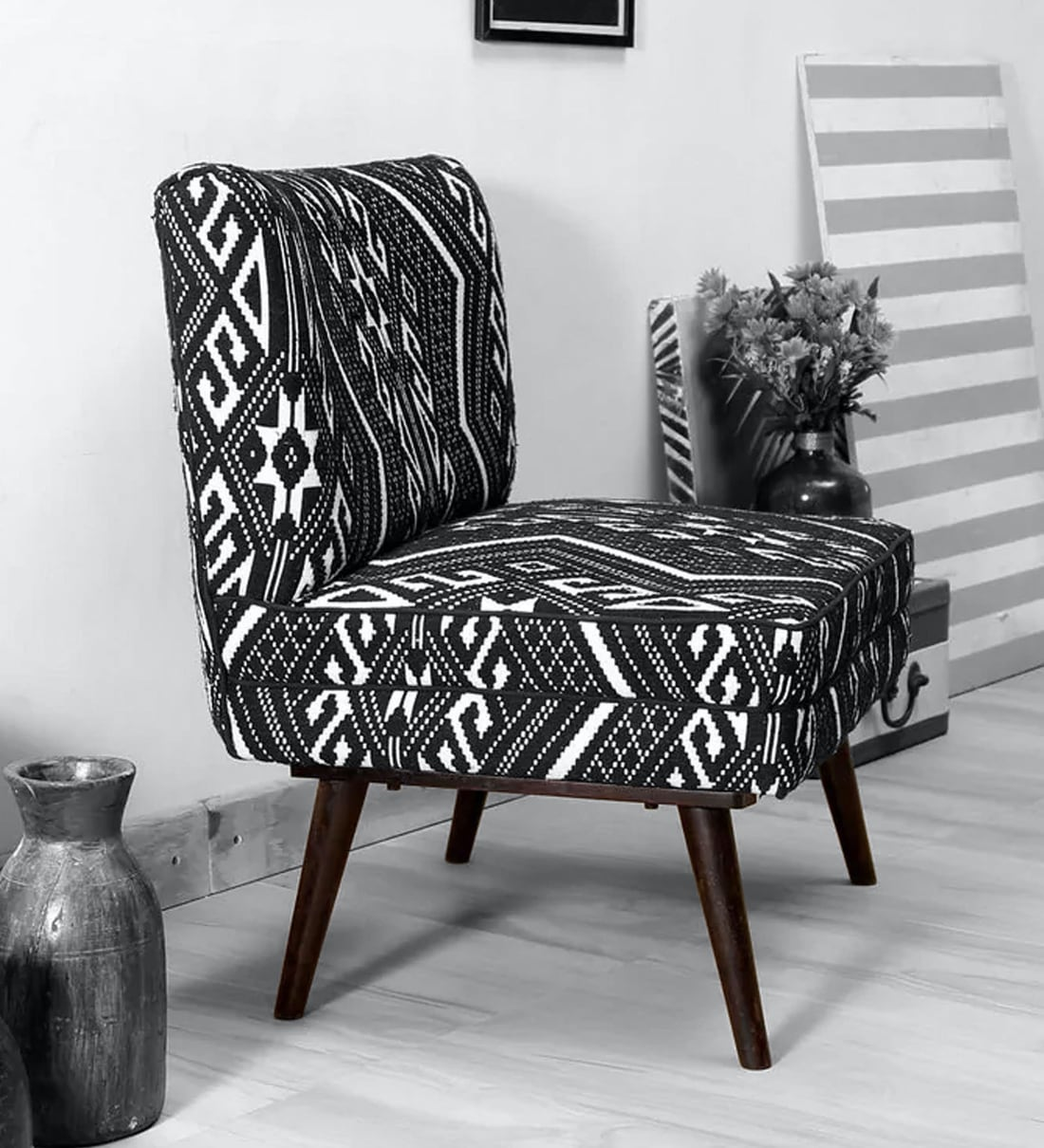 Picture of: Buy Madigan Slipper Chair In Black White Colour By Bohemiana Online Slipper Chairs Chairs Furniture Pepperfry Product