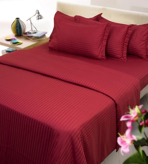 Attirant Maroon Solids Cotton Single Size Fitted Bed Sheet Set   Set Of 4 By Mark  Home