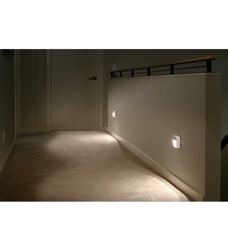 Mr.Beams MB723 Battery-Powered Motion-Sensing LED Stick-Anywhere Nightlight, 3-Pack