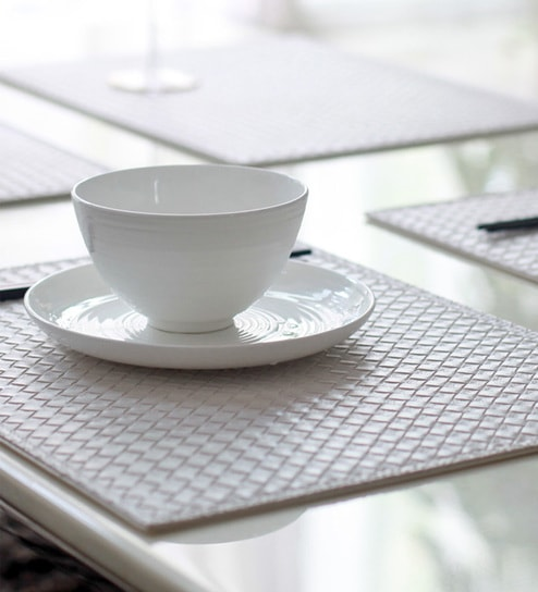 My Gift Booth Knitted White Faux Leather Table Mat   Set Of 6