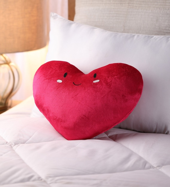 Buy Heart Shaped Cushion By Oscar Home Online Kids Pillows Kids Bedding Kids Furniture Pepperfry Product