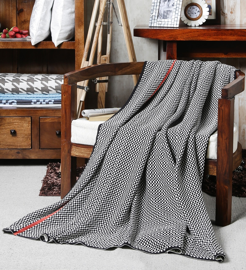 Black Cotton Checkered Throw by Pluchi
