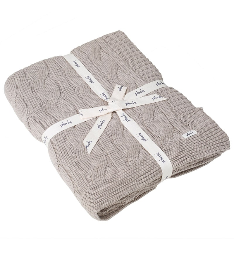 Broadway Knitted Single-Size Throw Blanket by Pluchi