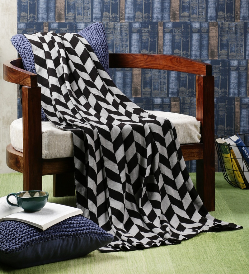 Black Cotton Garroway Throw by Pluchi