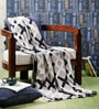 Pluchi White Cotton Barrett Throw