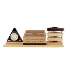Creame Triangular Pattern Wood Pen Stand With Clock