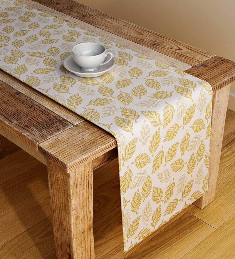 Rangrage Handcrafted Amber Gift Brown & White Cotton Table Runner