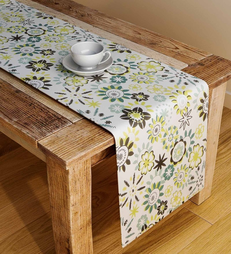 Rangrage Handcrafted Flair Oasis Green & White Cotton Table Runner