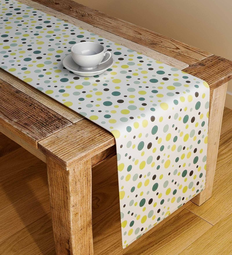 Rangrage Handcrafted Youthful Artistry Green & White Cotton Table Runner