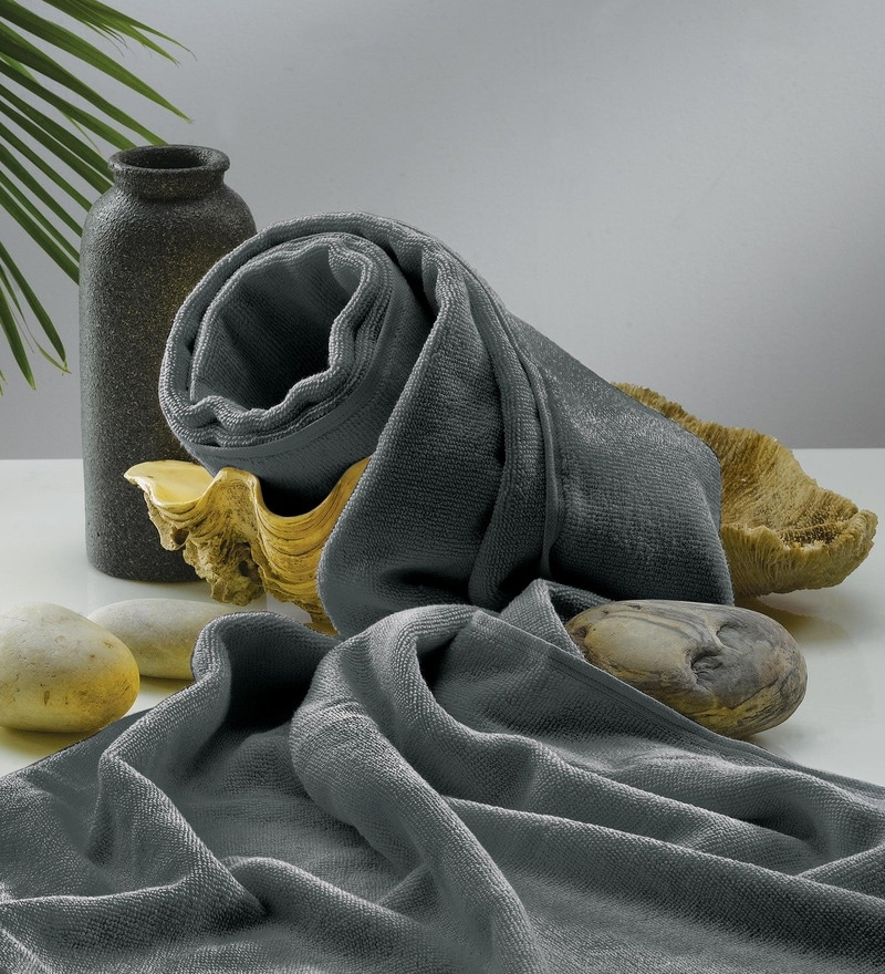 Flyer Gray Cotton Bath Towel by Raymond Home