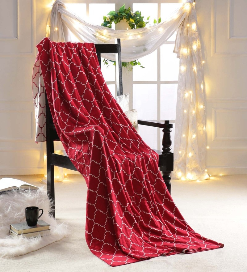 Red 100 % Cotton Queen Size Blanket by Pluchi
