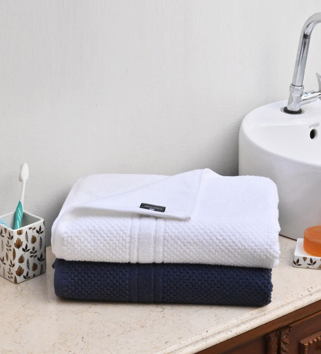 Buy White Navy Blue Cotton 600 Gsm Set Of 2 Bath Towels By Avi Living Online Solid Colour Bath Towels Bath Towels Furnishings Pepperfry Product