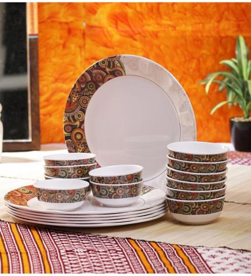 Tribal Paisley Dora Melamine Dinner Set-Set of 18