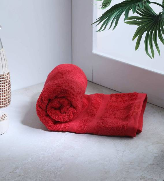 Buy Red Cotton 500 Gsm Bath Towels Set Of 2 By Raymond Home Online Solid Colour Bath Towels Bath Towels Furnishings Pepperfry Product