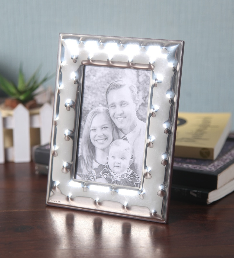 Buy Shaze Silver Resin & Wood 9 x 13 Inch Spiked Photo Frame Online ...
