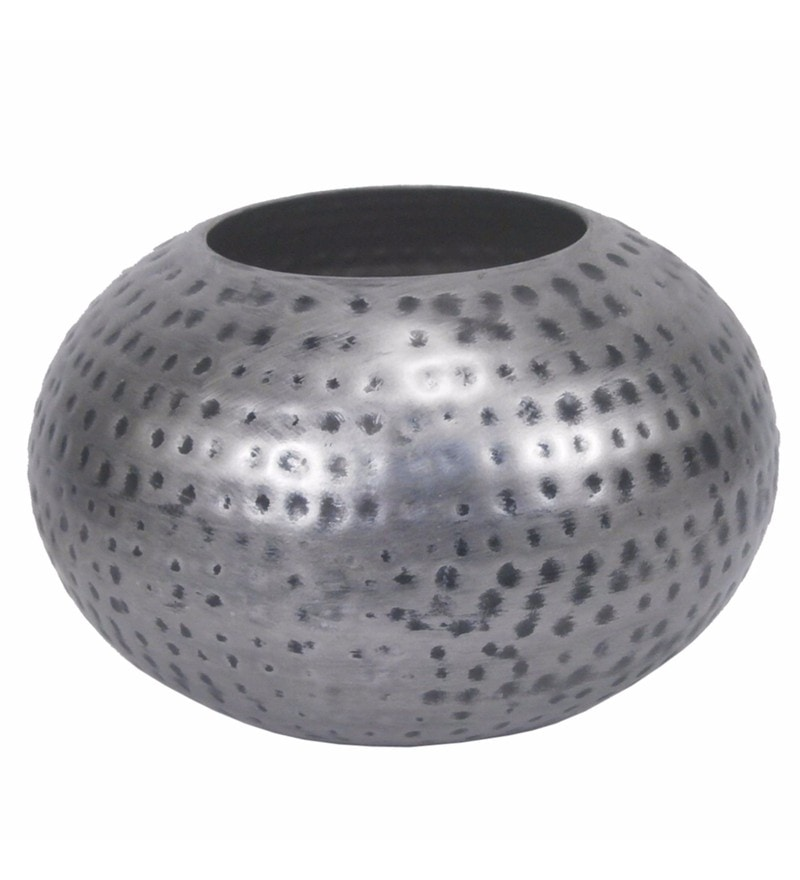 Silver Iron Beautiful & Elegant Vase by Golmaalshop