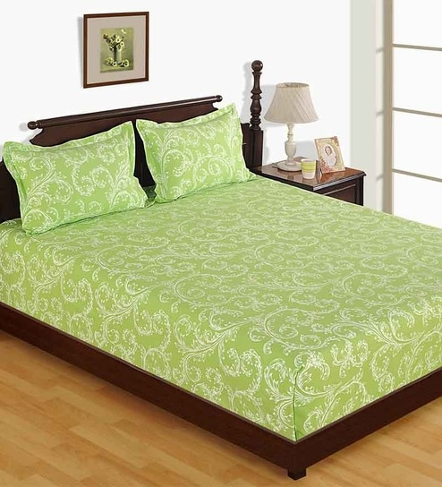 Skipper Damask Light Green Bed Sheet With Pillow Covers