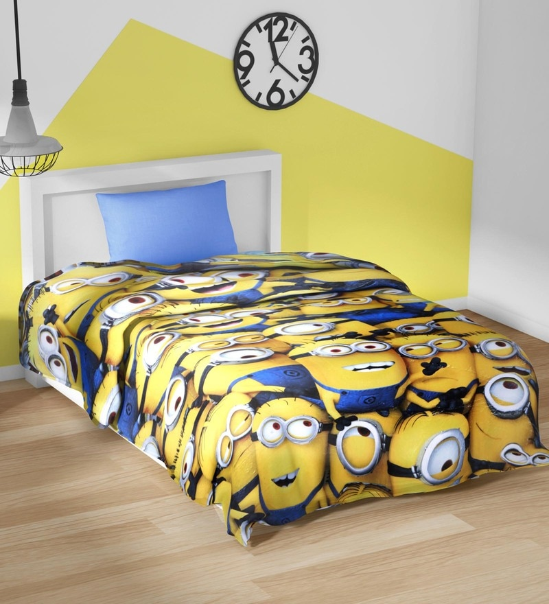Spaces Yellow 100% Cotton 59 x 87 Inch Universal Minions Single Comforter