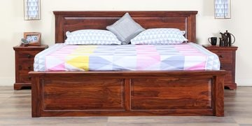 Stanfield Solidwood Queen Bed With Drawer Storage In Honey Oak Finish