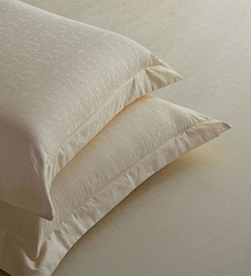 White Cotton Abstract Single Bed Sheet (with Pillow Covers) - Set of 2 by St. Cloud