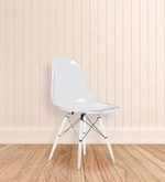 The Entenza Replica Chair in Clear Finish