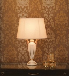 Gold Detailing Wood Table Lamp