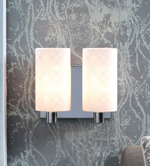 White Steel Wall Light by Kapoor E Illuminations