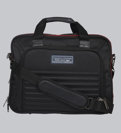 9dc3806a286 Buy Tommy Hilfiger East Boston Polyester Black Duffle,24 Litres ...
