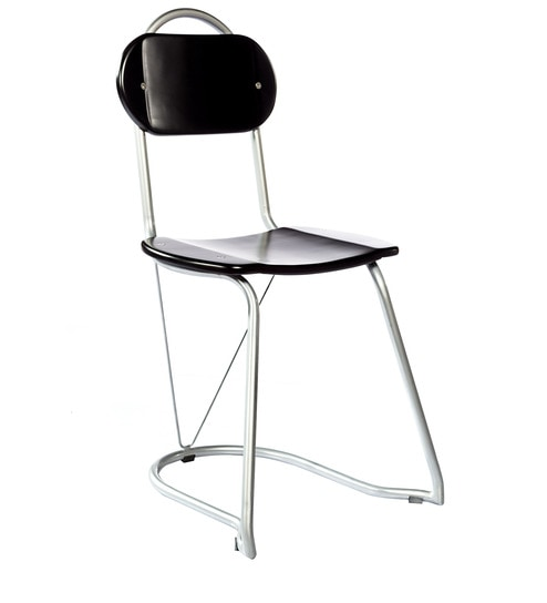 U Nest Chair In Black Colour By Tube Style