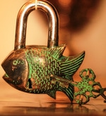 Unravel India Fish Coated Brass Lock