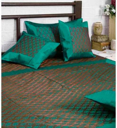 Unravel India Banarasi Silk Hand Woven Bed Set