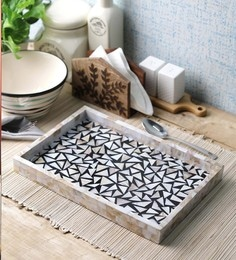 Vareesha Sea Shells Black Triangle Sea Shells Serving Tray